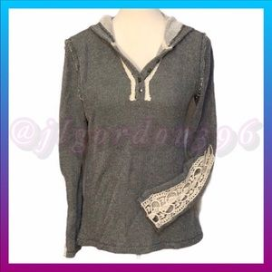 Anthropologie Hem & Thread Hooded Knit Top Small